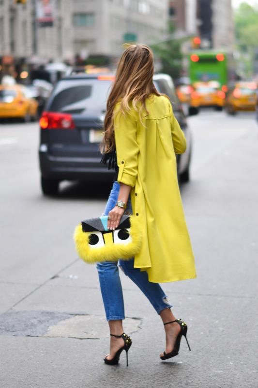 ClioMakeUp-mellow-yellow-trend-primavera-estate-2017-giallo-vestiti-abbinamenti-10