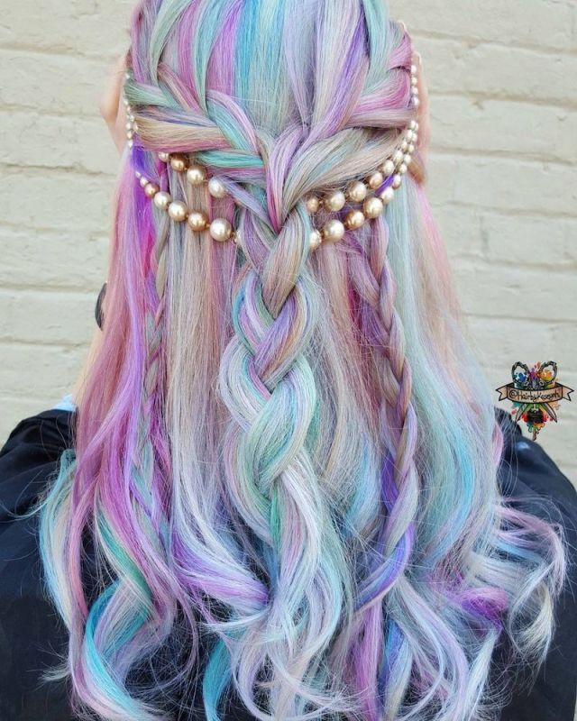 ClioMakeUp-trend-unicorn-mania-unicorni-capelli-acconciature-prodotti-tinte-makeup-illuminanti-accessori-22