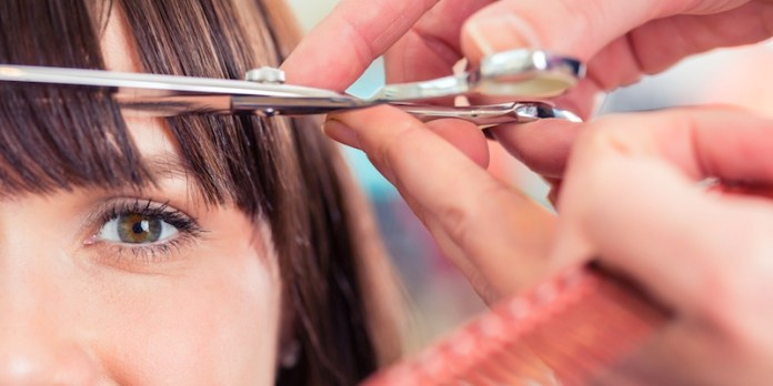 ClioMakeUp-frangia-a-tendina-brigitte-bardot-trend-capelli-acconciature-look-giorno-sera-20.jp