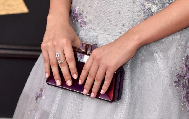 cliomakeup-unghie-rosa-matrimonio-11-red-carpet