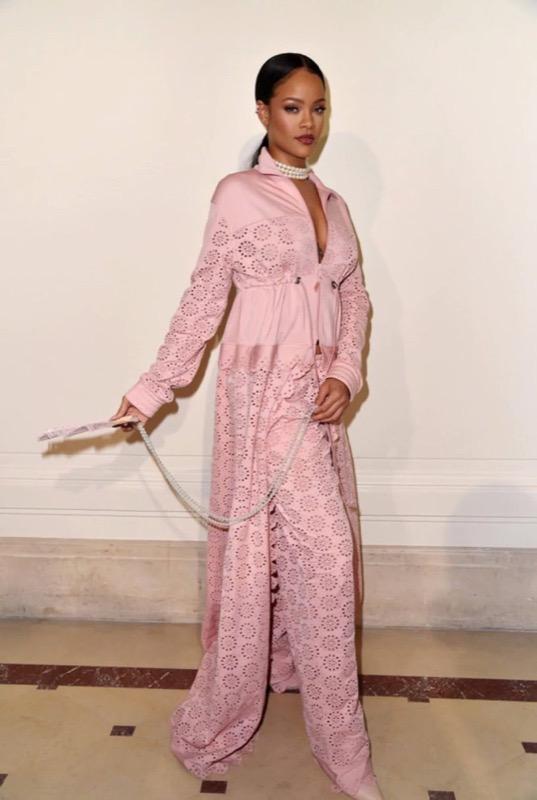 ClioMakeUp-millennial-pink-rosa-primavera-2017-abbinamenti-outfit-sfilate-look-accessori-20
