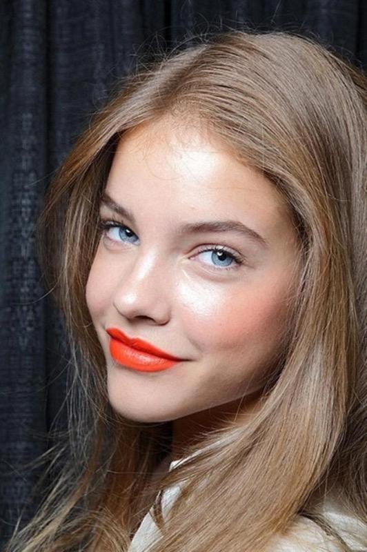 ClioMakeUp-rossetto-scuro-per-bionde-rosso-bordeaux-arancione-fucsia-marrone-viola-6