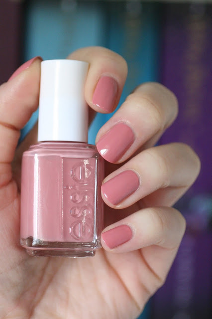 cliomakeup-smalti-essie-9-eternal-optimist