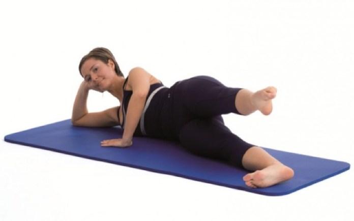 ClioMakeUp-in-forma-senza-palestra-esercizi-sport-attivita-fisica-camminare-scale-fitness-9
