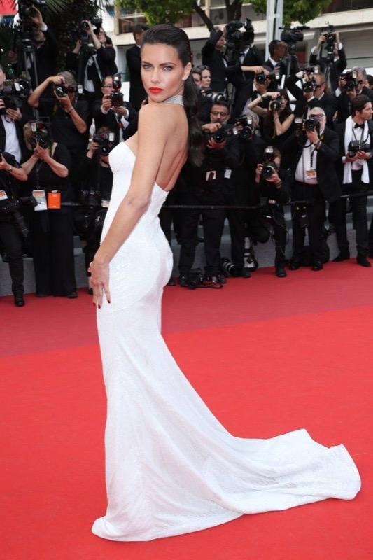 ClioMakeUp-meglio-di-cannes-2017-look-abiti-makeup-celebrity-red-carpet-41