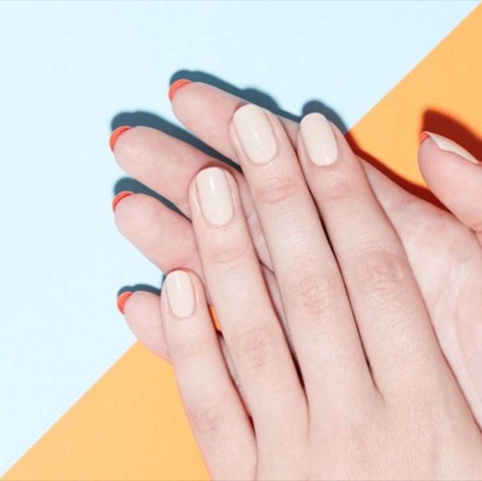 ClioMakeUp-flip-manicure-nail-art-unghie-lunghe-louboutin-smalto-3