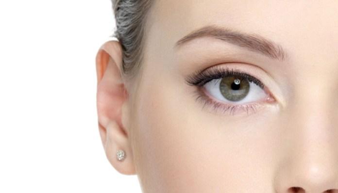 ClioMakeUp-palpebra-oleosa-trucco-rimedi-ombretto-eyeliner-mascara-primer-17