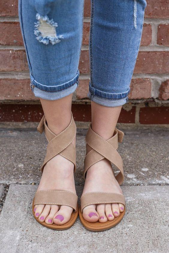cliomakeup-vesciche-ai-piedi-10-sandali
