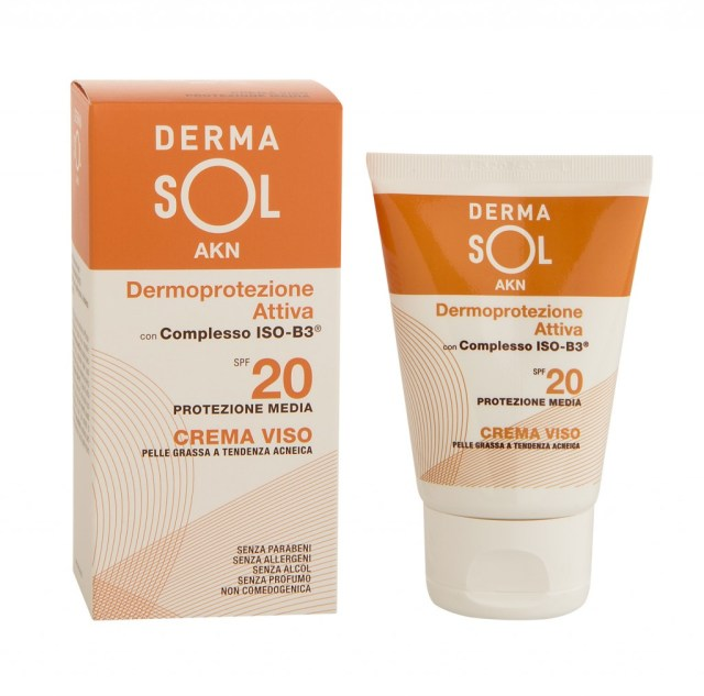 ClioMakeUp-fondotinta-solari-come-rendere-efficace-estate-sole-spf-18