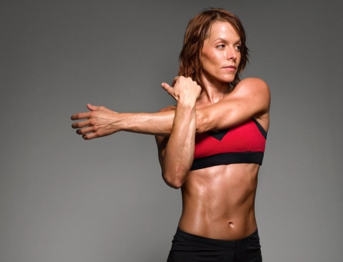 ClioMakeUp-braccia-toniche-sexy-esercizi-allenamento-21