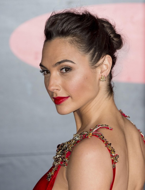 cliomakeup-wonder-woman-gal-gadot-segreti-beauty-20