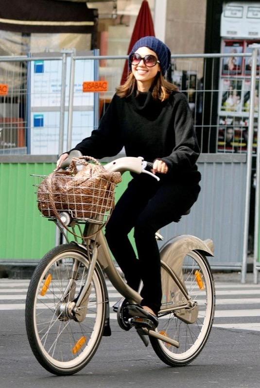 ClioMakeUp-sport-che-rendono-piu-felici-corsa-bicicletta-nuoto-ballo-crossfit-8
