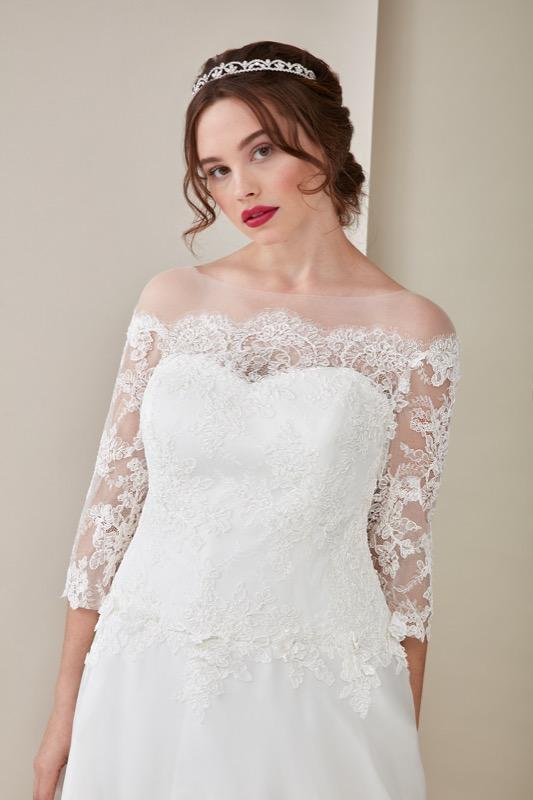 ClioMakeUp-happy-bride-atelier-eme-prodotti-make-up-sposa-matrimonio-make-up-trucco-occhi-labbra-rossetto-base-1