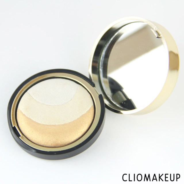 cliomakeup-recensione-illuminante-extreme-gold-highlighter-pupa-3