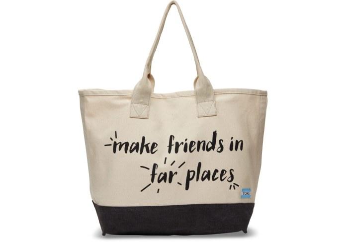 ClioMakeUp-toms-brand-iniziative-benefiche-scarpe-occhiali-sole-accessori-beneficienza-24