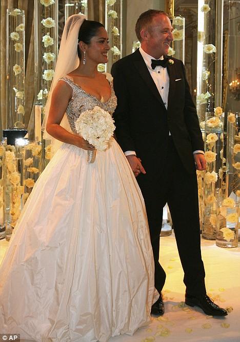 cliomakeup-celebrity-sposate-tardi-5-salma-hayek