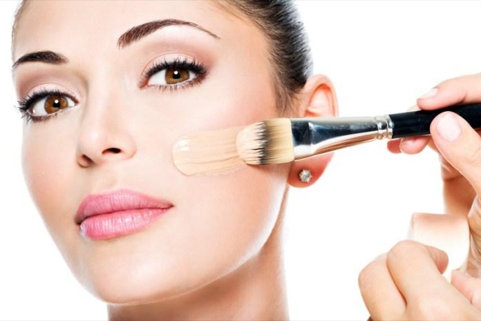 ClioMakeUp-contouring-pelle-chiarissima-consigli-ispirazioni-beauty-come-realizzarlo-4