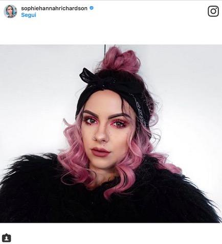 cliomakeup-abbinare-capelli-makeup-9-rosa
