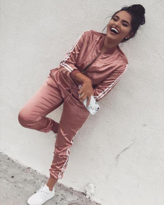 ClioMakeUp-look-viaggio-outfit-tuta-leggings-abiti-stile-4