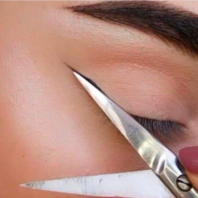 cliomakeup-eye-liner-codina-metodi-applicazione-21