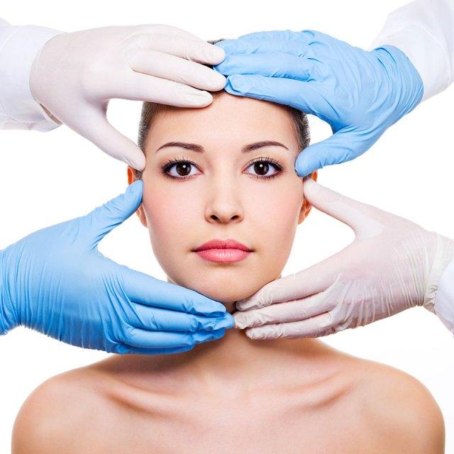 cliomakeup-chirurgia-estetica-trend-fossette-riduzione-capezzolo-labbra-1