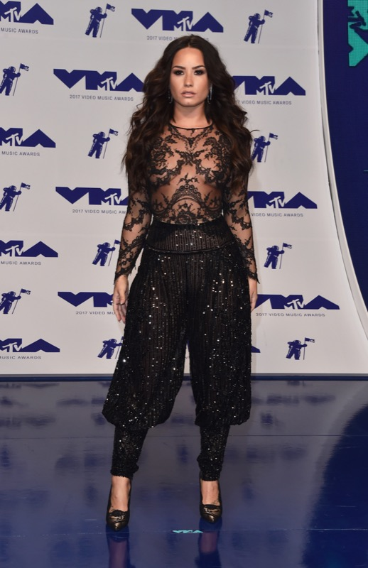 cliomakeup-vmas-2017-look-beauty-trucchi-18