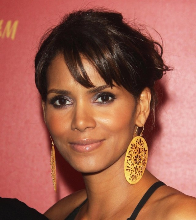cliomakeup-trucco-occhiaie-correttore-7-halle-berry