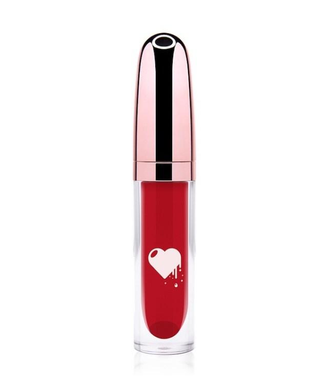 ClioMakeUp-liquidlove-fire-kiss-rossetto-rosso-freddo-liquido-no-transfer-matt-opaco-110