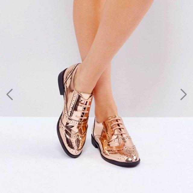 cliomakeup-scarpe-autunno-2017-stivaletti-chelsea-mocassini-brogue-metallizzate-9