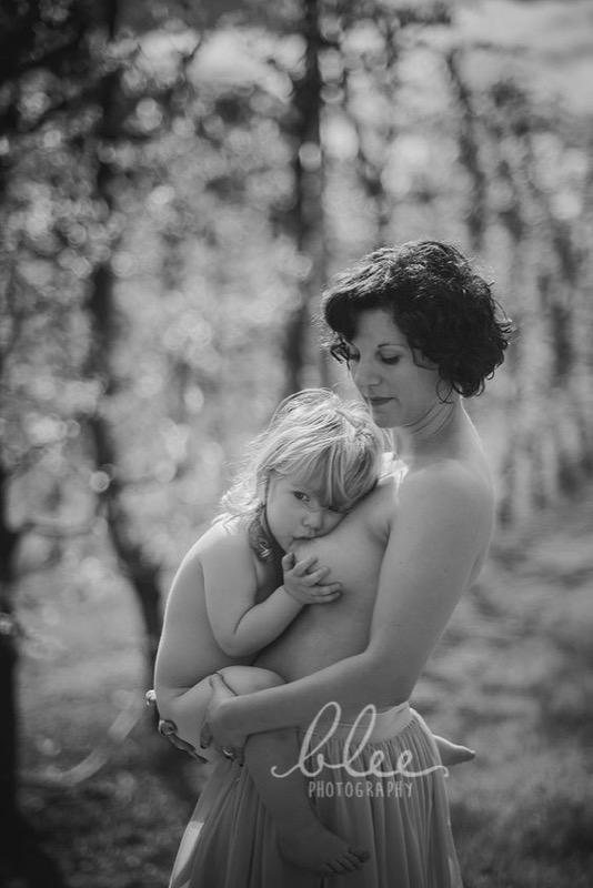 cliomakeup-allattamento-prolungato-3-mamma-bambina
