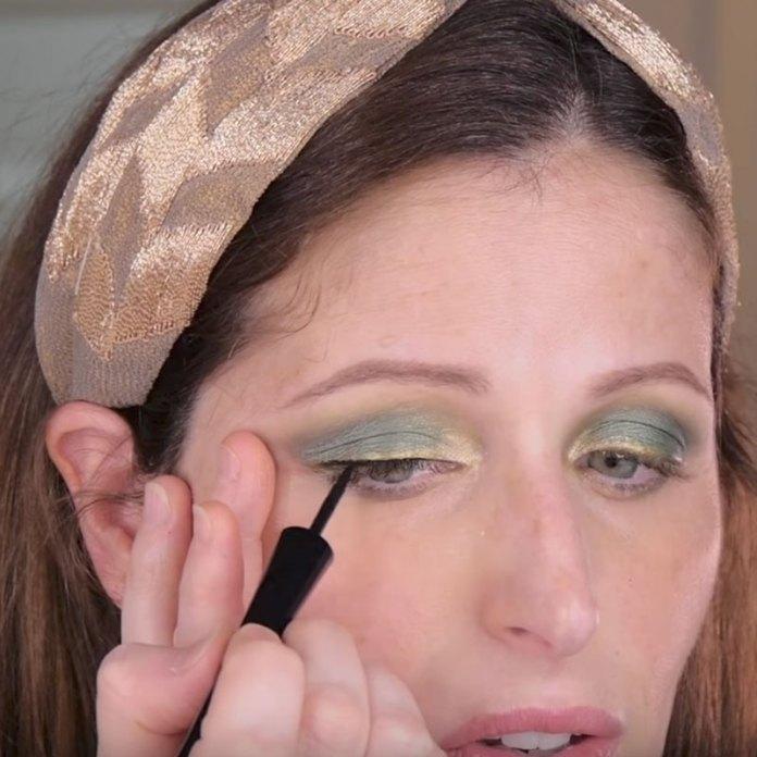cliomakeup-novita-eye-liner-vamp-stamp-roll-liner-pupa-9