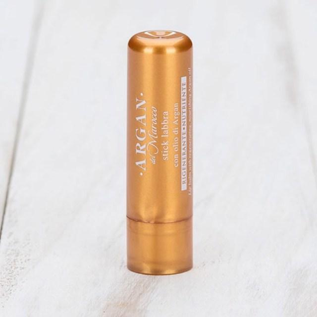 ClioMakeUp-prodotti-flop-ottobre-2017-fondotinta-illuminante-spray-capelli-ombretto-stick-labbra-8