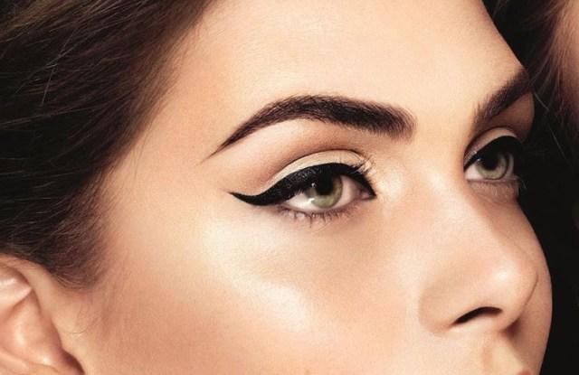 cliomakeup-eyeliner-occhi-piccoli-come-ingrandirli-6