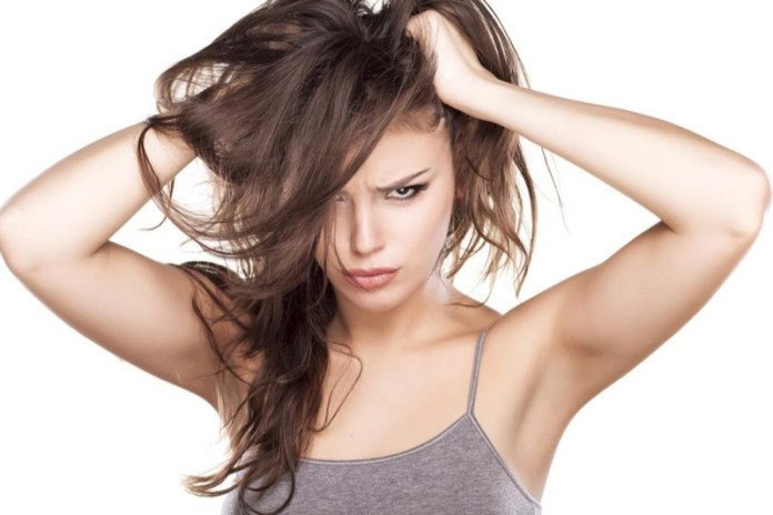 cliomakeup-capelli-grassi-rimedi-pre-shampo-4-prurito