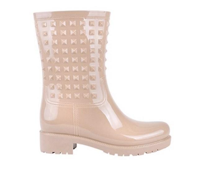 abbfaed42e Stivali da pioggia: i modelli più attuali e 5 look favolosi da ...