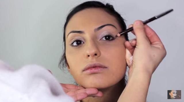 cliomakeup-pencil-technique-trucco-occhi-10