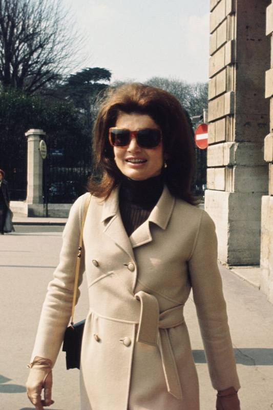 cliomakeup-cappotto-color-cammello-4-jackie-kennedy