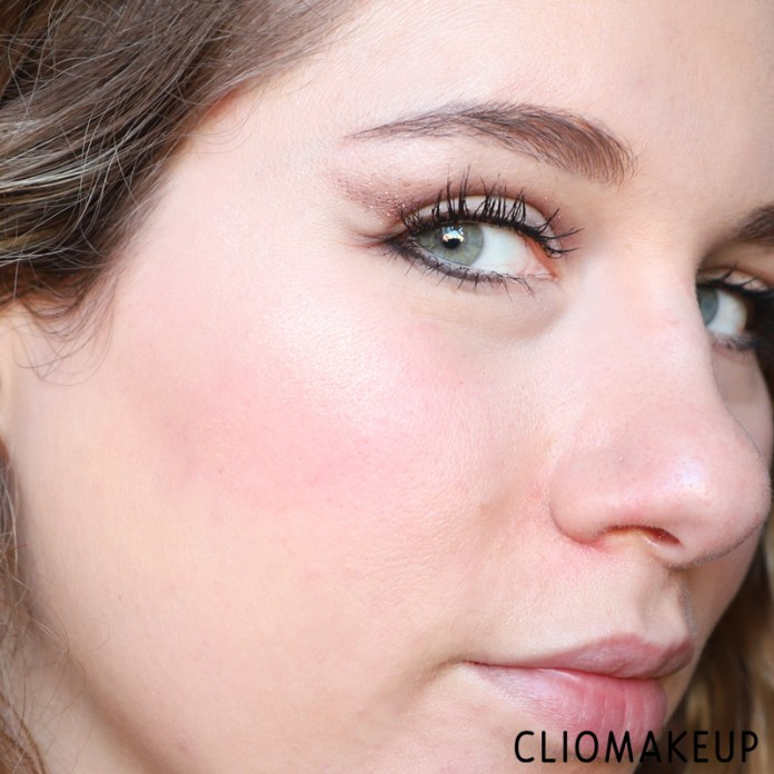 cliomakeup-recensione-highlighter-blush-palette-wood-you-love-me-essence-14