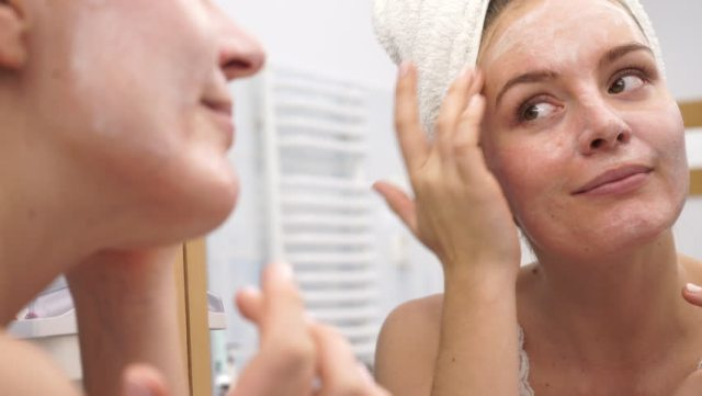 cliomakeup-maschere-argilla-fai-da-te-pelle-skincare-15