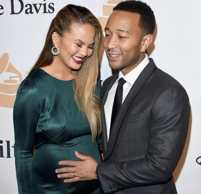 cliomakeup-consigli-di-bellezza-delle-star-premaman-gravidanza-smagliature (11)