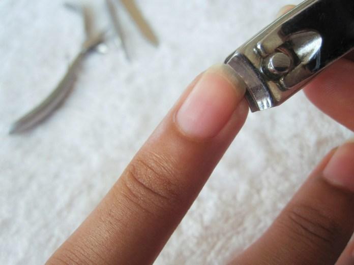 cliomakeup-come-tagliare-le-unghie-di-mani-e-piedi-17