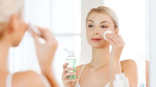 cliomakeup-tonico-utilizzo-proprieta-7-skin-care