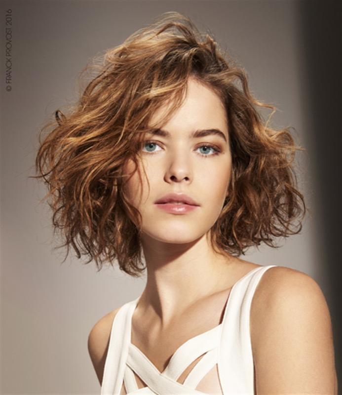 cliomakeup-capelli-taglio-medio-1-mossi