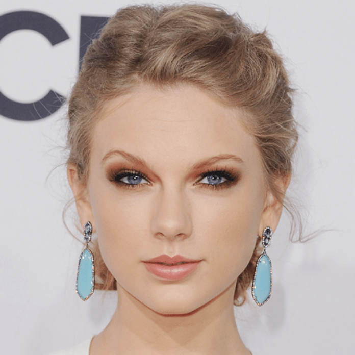 cliomakeup-make-up-occhi-blu-1-taylor-swift