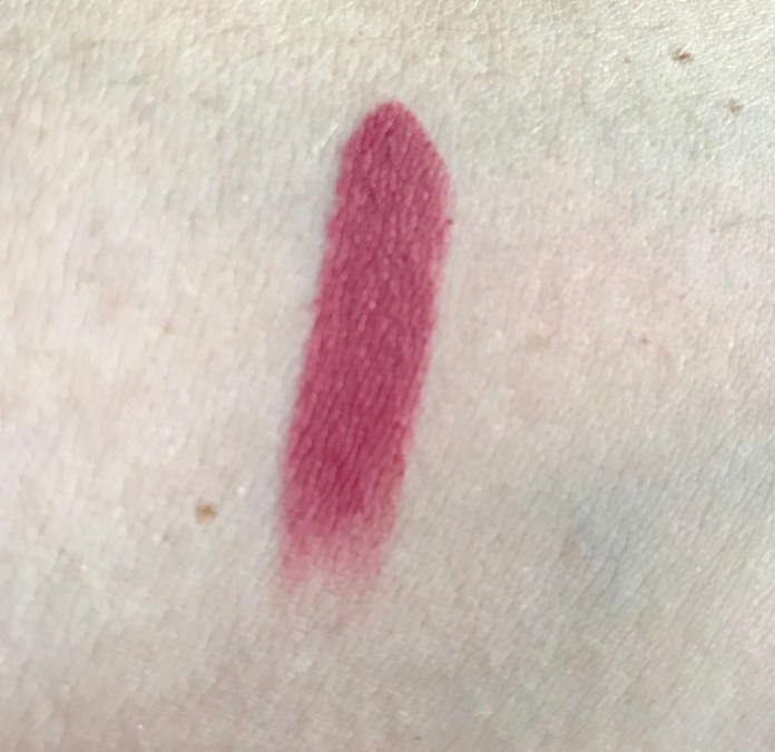 cliomakeup-rossetti-essence-top-team-13-swatch-n-3