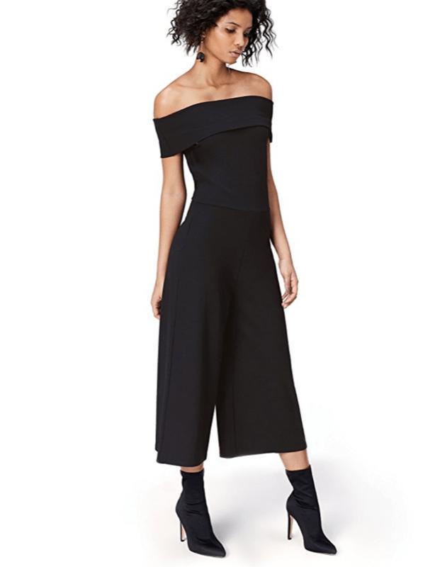 La tuta o jumpsuit è super attuale  3 modi per indossarla a seconda ... bdd9c70bccd