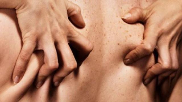 cliomakeup-fantasie-erotiche-donne-1-schiena-passione