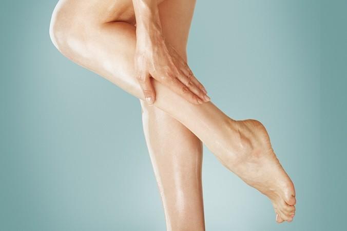 cliomakeup-fondotinta-sulle-gambe-5