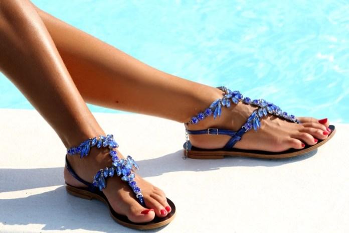 cliomakeup-sandali-modelli-bassi-tacco-14-sandali-gioiello