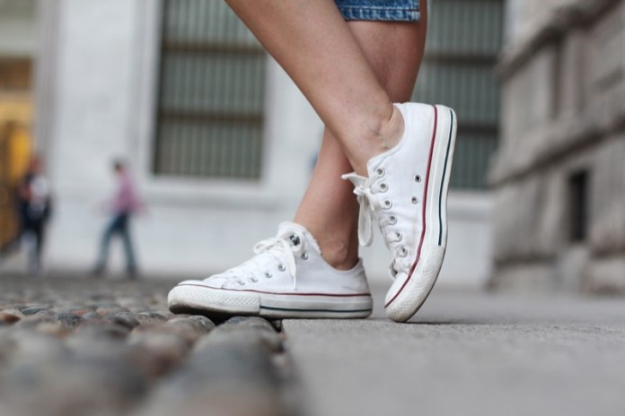 f1e40f438869 Le Converse All Star sono ancora le sneakers più amate  pronto stile